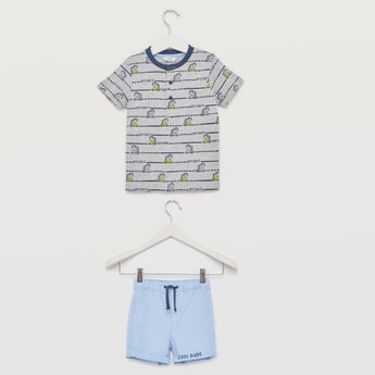 Printed Henley Neck T-shirt with Shorts