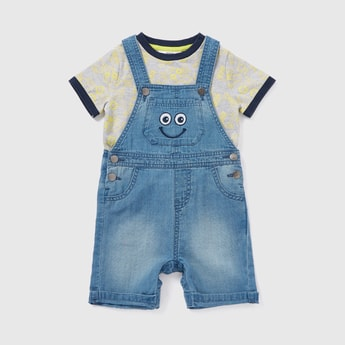 Printed T-shirt and Denim Dungarees Set