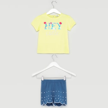 Printed Round Neck T-shirt with Scalloped Hem Shorts