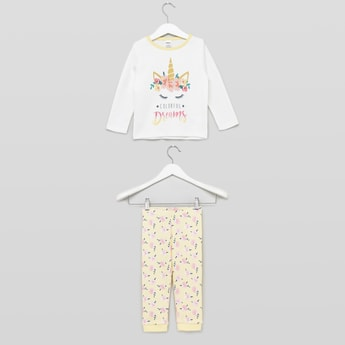 Graphic Printed T-shirt and Pyjama Set