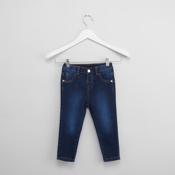 Solid Jeans with 6-Pockets and Button Closure