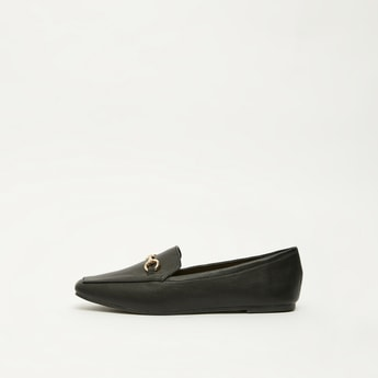 Solid Flat Loafers with Metal Detail