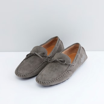 Textured Shoes with Bow Detail and Slip On Closure