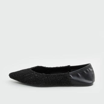 حذاء باليرينا بارز الملمس سهل الإرتداء