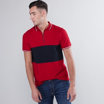 Colourblock Polo Neck T-shirt with Zip Closure and Short Sleeves