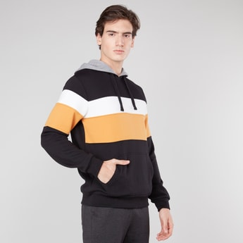 Colourblocked Hooded Sweatshirt with Kangaroo Pockets