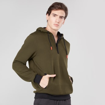 Textured Sweatshirt with Pockets and Hood