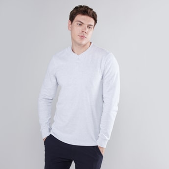 Heathered Henley T-shirt with Long Sleeves