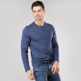 Henley T-shirt with Long Sleeves