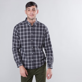Chequered Shirt with Spread Collar and Long Sleeves