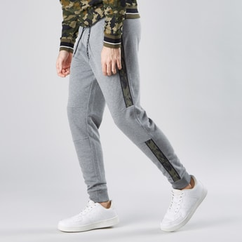 Camouflage Printed Jog Pants with Elasticised Waistband and Drawstring