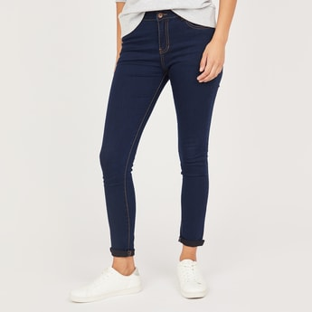 Super Skinny Fit Mid-Rise Jeans with Pocket Detail and Button Closure