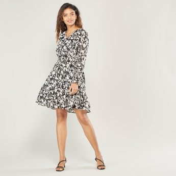 Floral Print Midi Wrap Dress with Long Sleeves and Waist Tie-Up