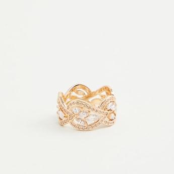Embellished Finger Ring