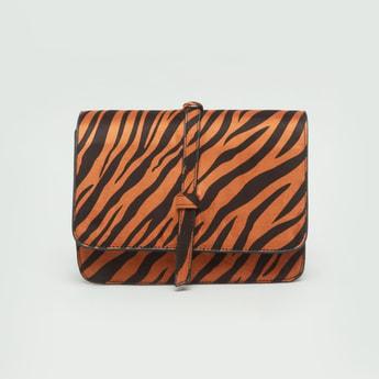 حقيبة كروس بودي بطبعات جلد حيوان مع حزام حمالة كتف