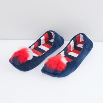 Bedroom Shoes with Pom-Pom Applique