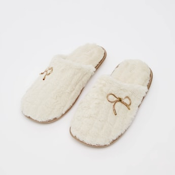 Textured Slides with Bow Applique