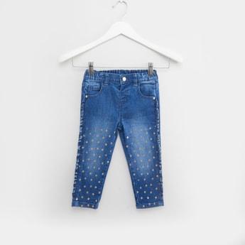 بنطلون جينز بتفاصيل جليتر وتفاصيل جيوب وحلقات حزام