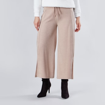 Textured Mid Rise Culottes with Side Slit