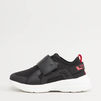 Textured Low Top Sports Shoes with Hook and Loop Closure
