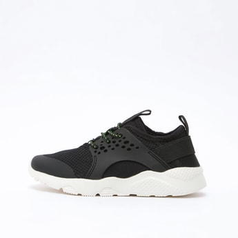Textured Running Shoes with Lace-Up Closure and Pull Tab