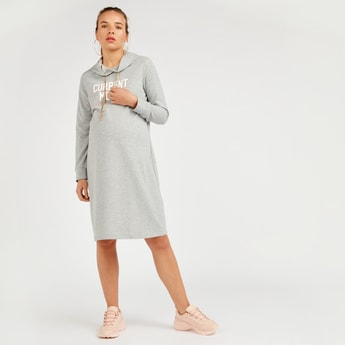 Typographic Print Maternity Midi A-line Dress with Hood