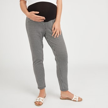 Slim Fit Maternity Chequered Mid-Rise Leggings with Wide Waistband