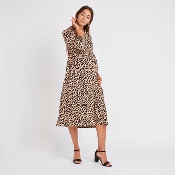 فستان حوامل إيه لاين متوسط الطول بأكمام طويلة وطبعات