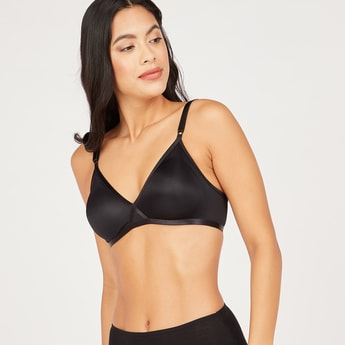Solid Basic Bra with Hook and Eye Closure