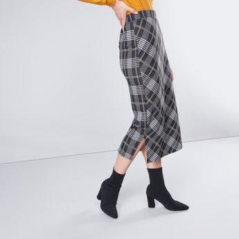 Jacquard Checked Midi Tube Skirt with Side Slits