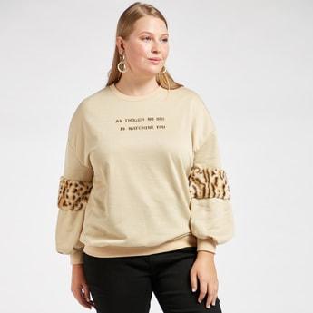 Textured Sweatshirt with Animal Printed Plish Detail 3/4 Sleeves