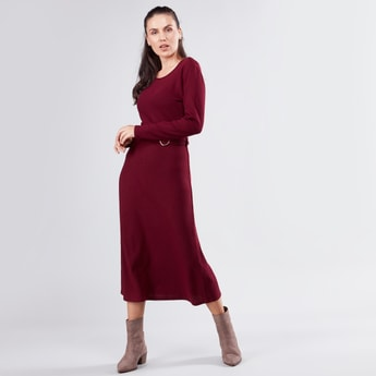 Ribbed Round Neck Midi Dress with Long Sleeves