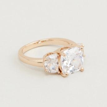 Stud Detail Finger Ring