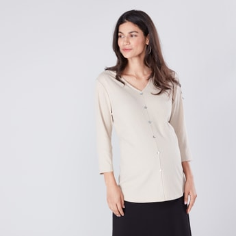 Ribbed Maternity Top with V-neck and 3/4 Sleeves