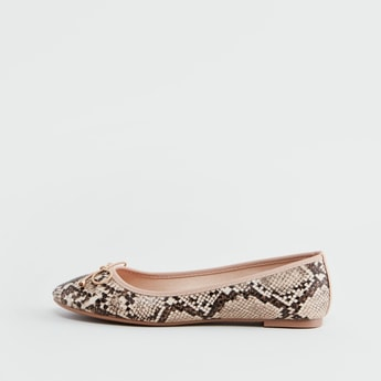 Animal Textured Ballerinas with Bow Accent