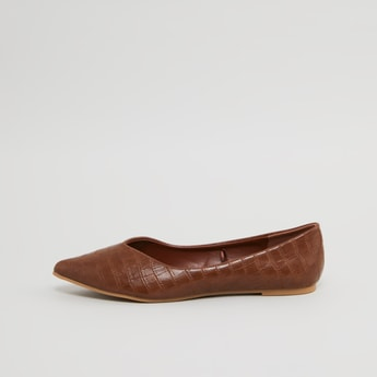 Textured Pointed Toe Ballerinas