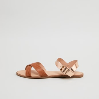 Textured Strappy Flat Sandals with Buckle Closure
