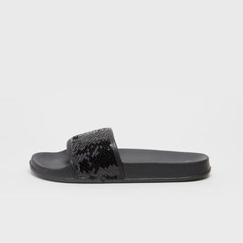 حذاء خفيف سهل الارتداء بارز الملمس بتفاصيل ترتر