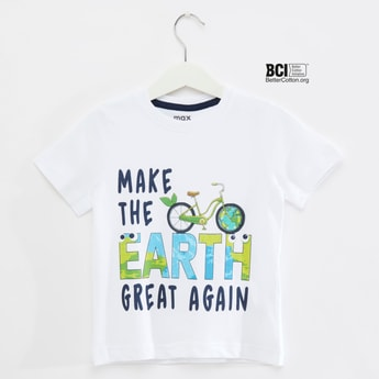 Slogan Print Round Neck T-shirt with Short Sleeves