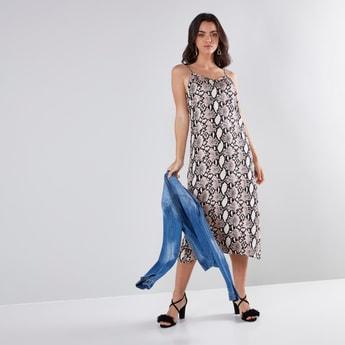 فستان إيه لاين متوسط الطول بياقة V وحمّالات رفيعة وطبعات حيوانات