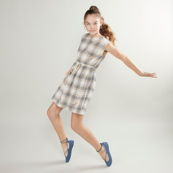Checked Sleeveless Dress with Cord Belt