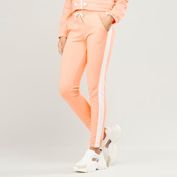 Solid Jog Pants with Pocket Detail and Drawstring Waistband