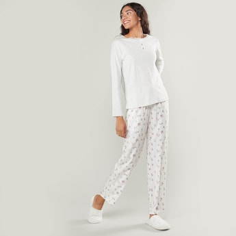 Lace Detail T-shirt and Printed Pyjama Set