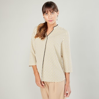 Printed Top with V-neck and 3/4 Sleeves