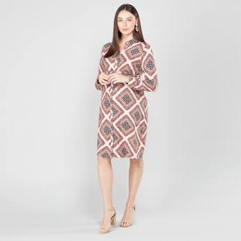 Printed Maternity Midi Shirt Dress with Long Sleeves and Tie Ups