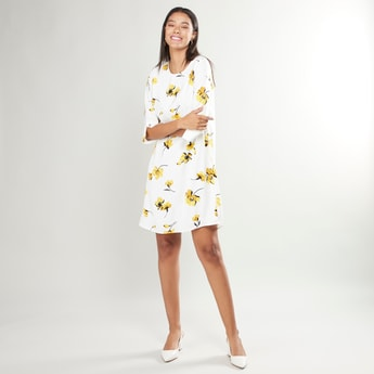Printed Midi Shift Dress with Round Neck and 3/4 Sleeves