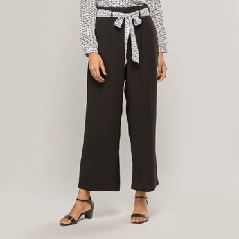 Solid Mid-Rise Palazzo Pants with Printed Belt and Pocket Detail