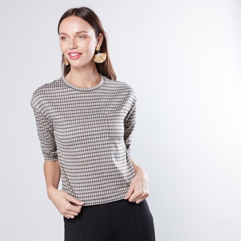 Chequered Boxy Top with Round Neck and 3/4 Sleeves