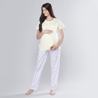 Maternity Printed Round Neck T-shirt and Full Length Pyjama Set