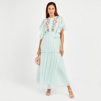 فستان إيه لاين طويل بتطريزات ازهار و بأكمام قصيرة